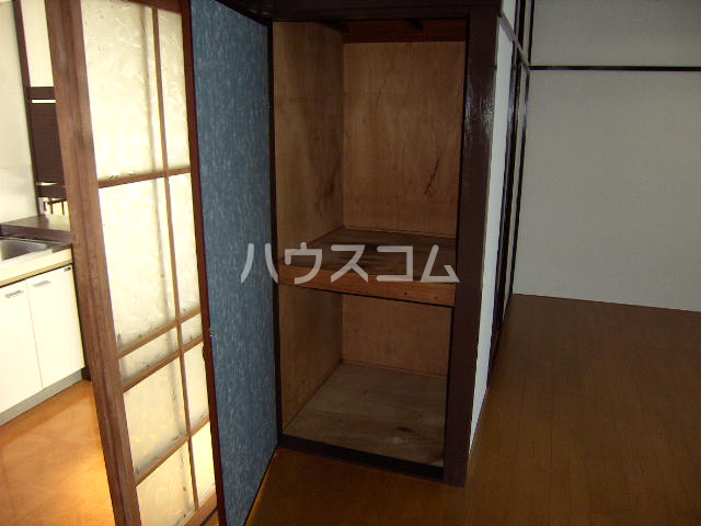 メゾン新川口東棟 201号室の収納