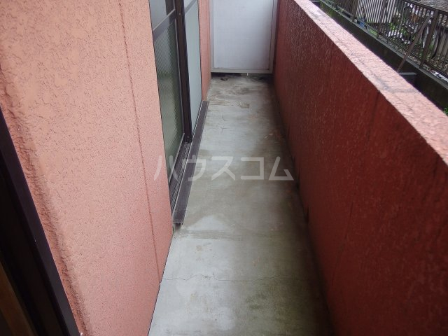 コーポヒジカタ 102号室のバルコニー