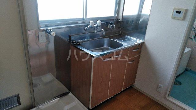 第六美多摩 202号室のキッチン