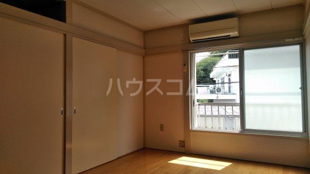 第六美多摩 202号室の居室