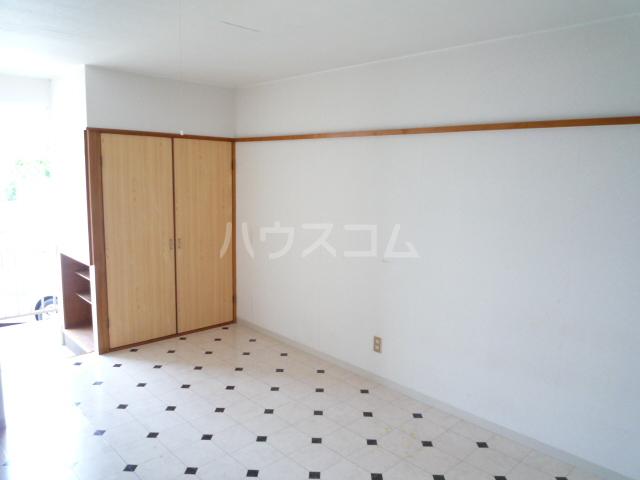 コーポアオキ 205号室のリビング