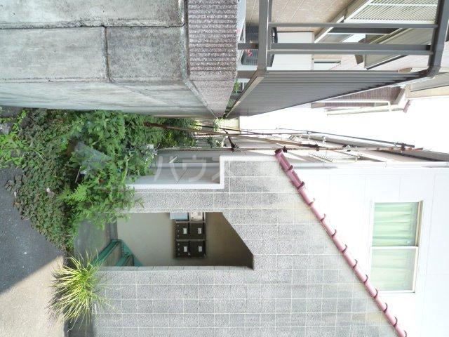 コーポアオキ 205号室のエントランス