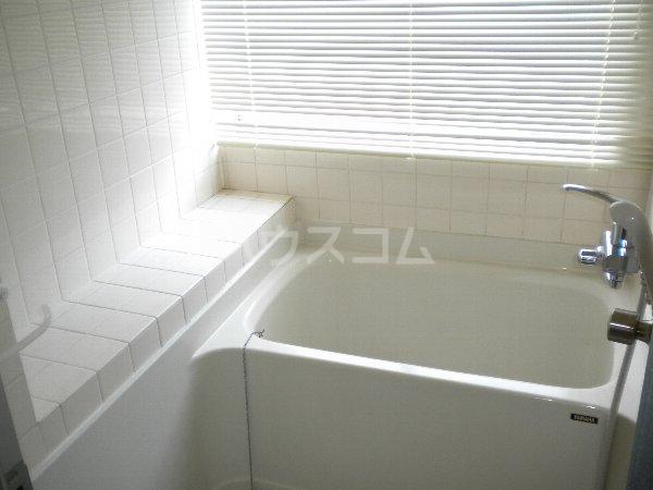 フラットKATO 206号室の風呂