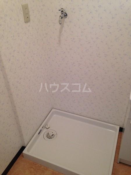 ロイヤルコスモ調布 204号室の風呂