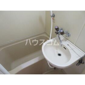 スカイコーポラス 102号室の洗面所