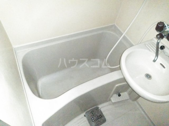 メインステージ多摩川駅前 408号室の風呂
