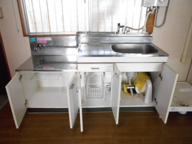 ファミーユ落合 303号室のキッチン