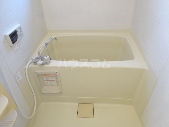 アムールシャンテ 103号室の風呂