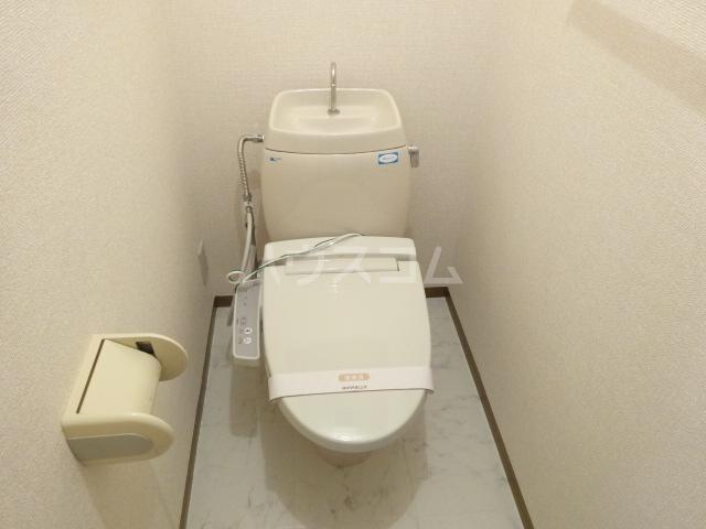 アムールシャンテ 103号室のトイレ