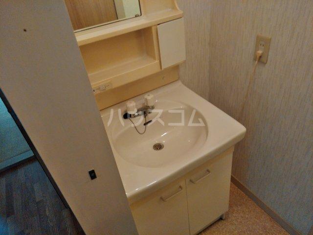 サンハイツ 101号室の洗面所