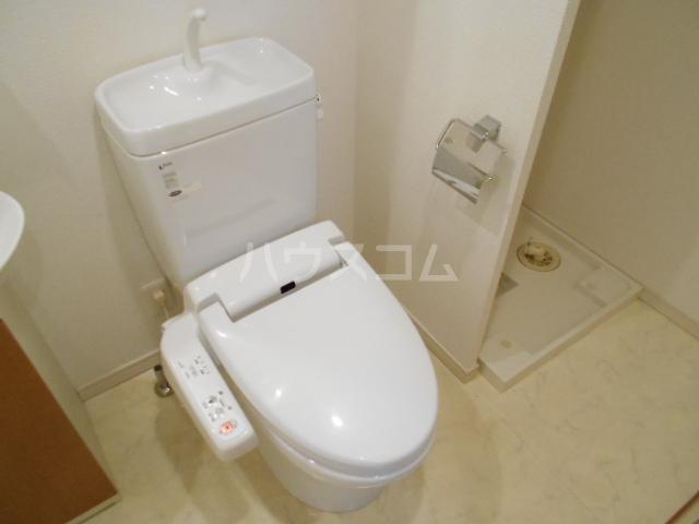 ヴェルト府中 903号室のトイレ