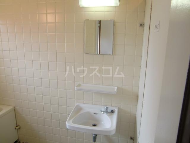 小柳マンション 205号室の洗面所