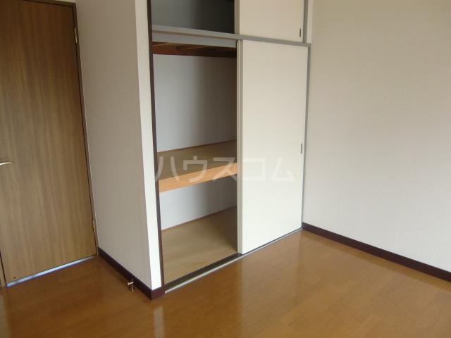 小柳マンション 205号室の収納