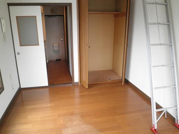 ブロントハウス 202号室の収納