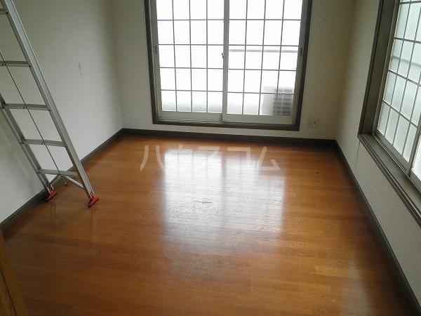 ブロントハウス 202号室のバルコニー