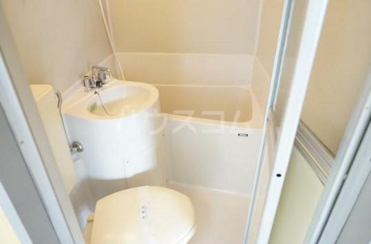 KMハイム 201号室の洗面所