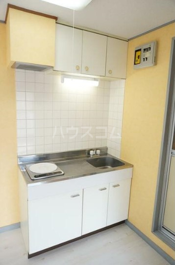 KMハイム 201号室のキッチン