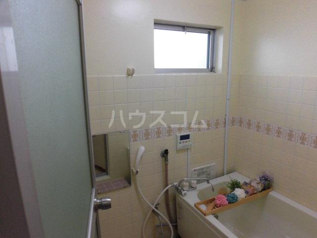 グリーンコーポラス 305号室の風呂