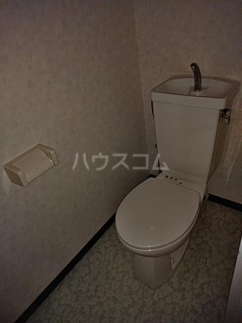 チェリーハイツ 302号室のトイレ