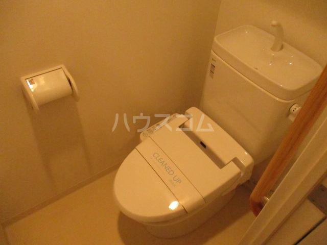 T.P.Cレジデンス府中 1104号室のトイレ