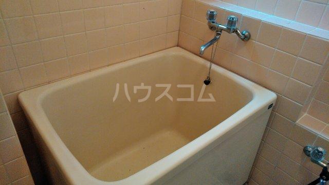 メゾン多摩 403号室の風呂