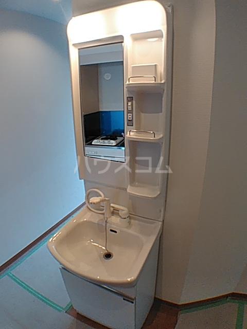 ファインミル調布 104号室の洗面所