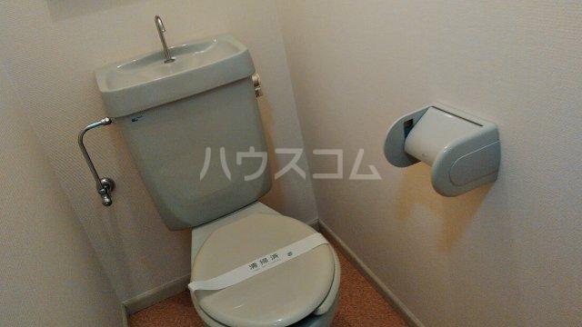 ロウエル調布 105号室のトイレ