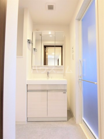BIRTH IN-RESIDENCE飛田給 201号室の洗面所