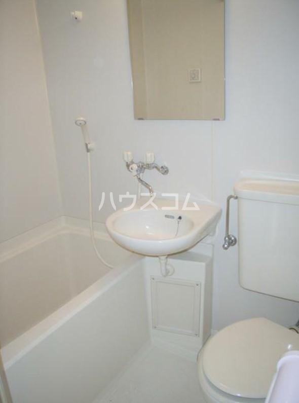 玉川コーポ 202号室の洗面所
