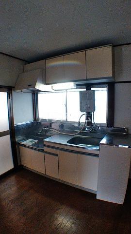 第2カネマツコーポ 201号室のキッチン