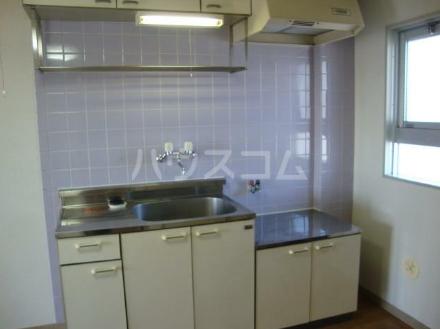 コーポ田中 302号室のキッチン
