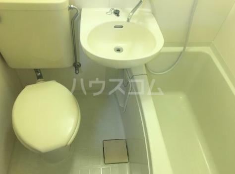 第5西調布ハイツ 103号室のトイレ