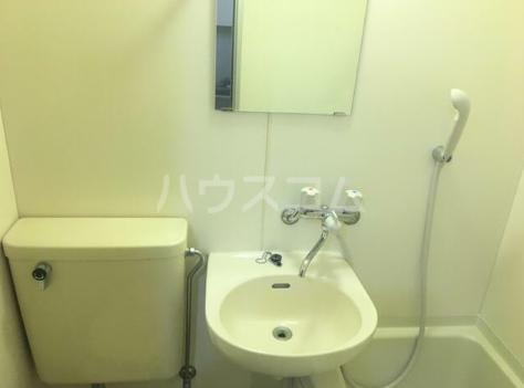 第5西調布ハイツ 103号室の洗面所