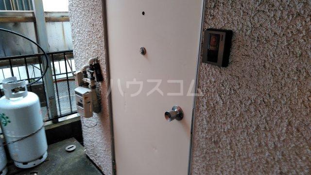 エンジェルハイツ 多摩川 101号室の玄関