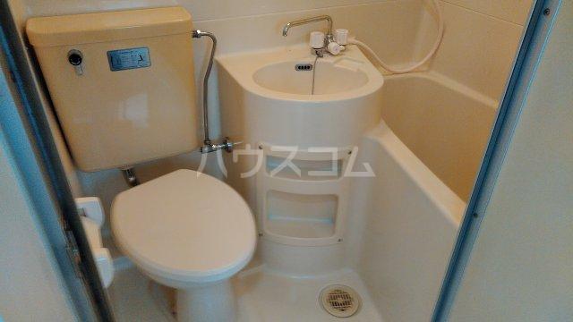 エンジェルハイツ 多摩川 101号室の洗面所