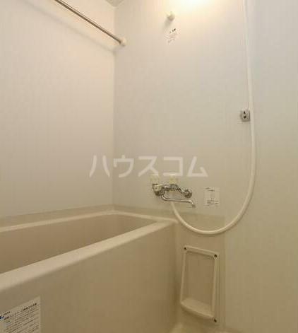 ラ メゾン飛田給 403号室の風呂