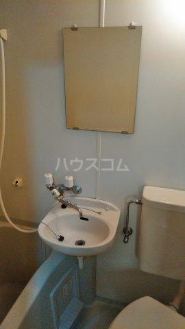 ペルレ五十嵐 301号室の洗面所