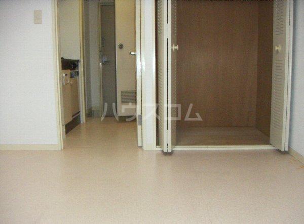 メゾン塚本 404号室の収納