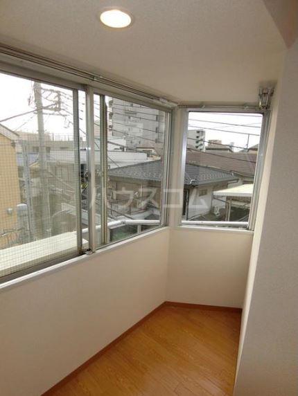 渡辺ハイツ 301号室の景色