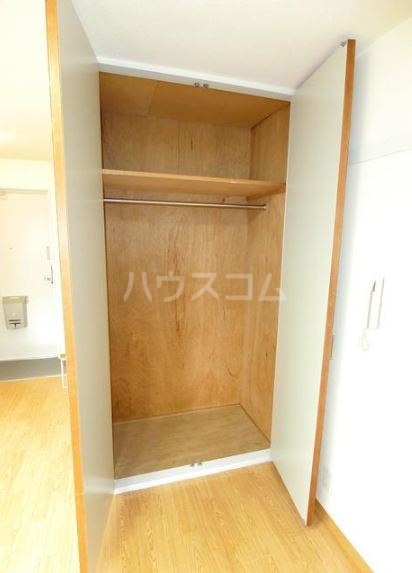 渡辺ハイツ 301号室の収納