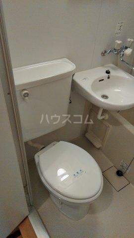 カーサY 201号室のトイレ