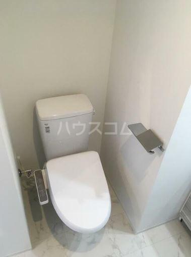 アーバンパーク西巣鴨EAST 1303号室のトイレ