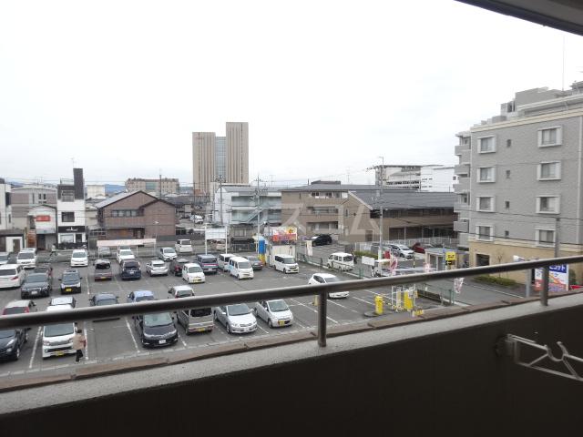 クラヴァス長岡京 101号室の景色