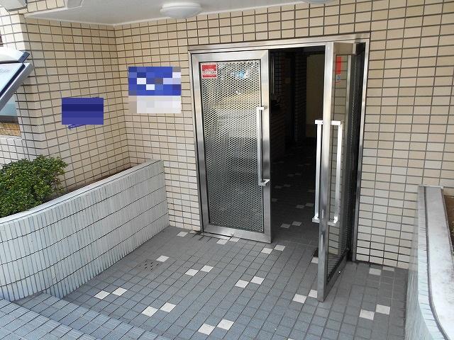 メゾン・ド・パルファン 409号室のエントランス