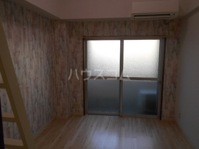 スカイロード御池 202号室の居室