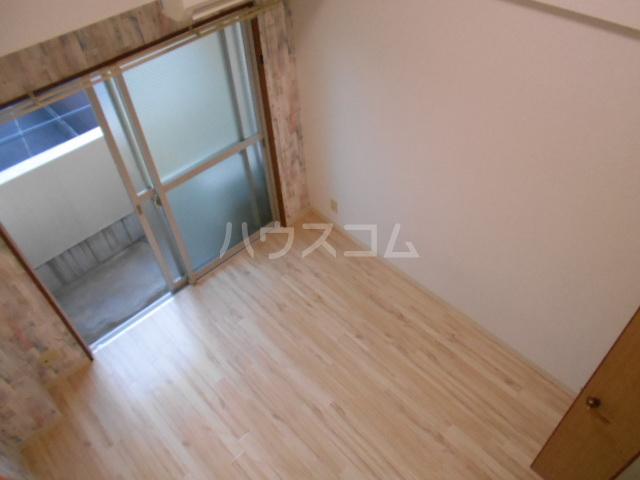 スカイロード御池 202号室のベッドルーム