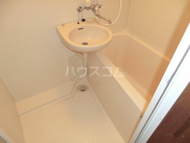 アーク21 106号室の風呂