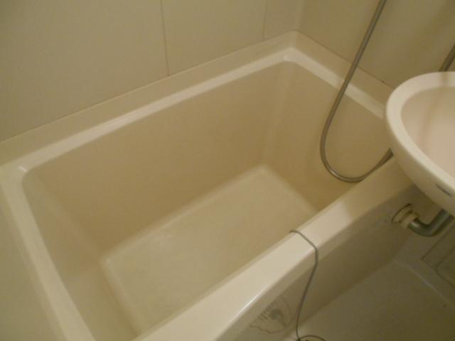 レジデンスオークラ C204号室の風呂