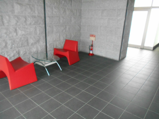 レジデンスオークラ C204号室のロビー