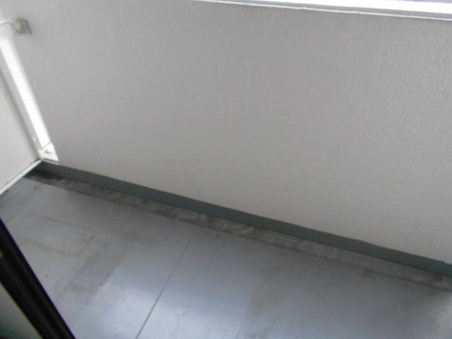 レジデンスオークラ C204号室のバルコニー